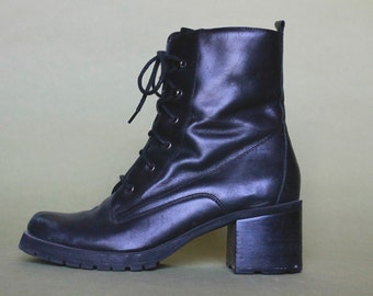 1990s Vtg Black Leather Chunky Heel Boots Grunge Goth Combat Boot Women's Size 10