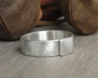 Mens wedding band, men wedding ring, mens brushed gold wedding band, mens silver wedding band, unique wedding ring, gold wedding band.