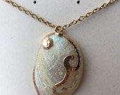 White Abalone Necklace, Shell Pendant Necklace, Mermaid Jewelry, Mother's Day Gift, Shell Necklace, Beach Wedding Necklace, Gift Mom