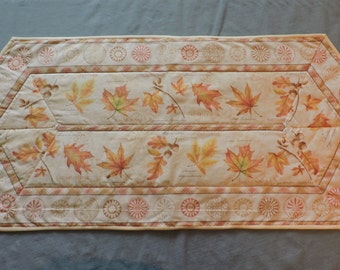 Soft Autumn Colors Table Runner (M 135)