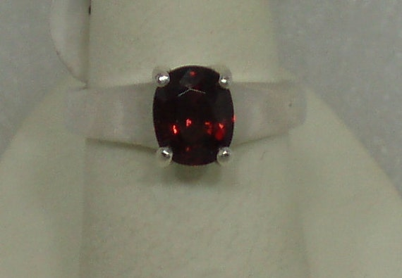 Beautiful Rhodolite Garnet and Sterling Ring