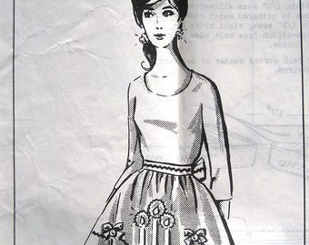 Vintage 50s Half Apron Christmas Candle. Mail Order Sewing Pattern 2-614