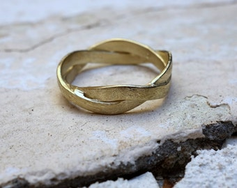 Solid Gold Wedding Band Gold Ring Women's Wedding Ring Thin Wedding Band Promis Ring Commitment ring Delicate wedding ring Engagement Ring