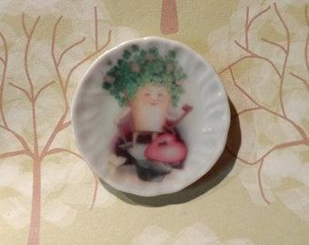 Dolls House miniature Vintage Shamrock Heart and Key St. Patrick's Day Ceramic Plate