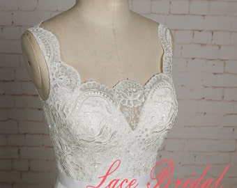 Simple Ivory Lace Bodice Wedding Dress with Tulle Skirt Sleeveless Bridal Gown with Buttons Up Back A-line Wedding Dress