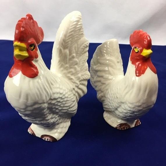 Par de blanco pintado a mano China de cerámica cerámica gallo