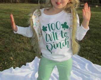 Spring Time pale green/white stripes