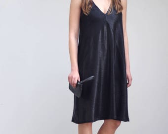 V neck dress,knee length dress,sleeveless dress,cami dress,slip dress,prom dress short,summer dresses for women,party dresses for women