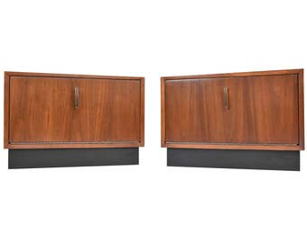 ON SALE - Pair of Mid Century Modern End Tables Nightstands - Vintage Walnut Side Tables