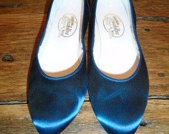 Vintage Satin Teal Touch-Ups, made by Walk of Boston