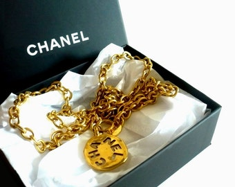 CHANEL ~ Authentic Vintage Gold Plated Long Necklace/Chain - CC