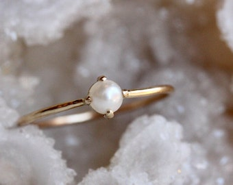 14K Pearl Solitaire Ring, Pearl Ring, Cultured Pearl, Pearl Prong Ring, Dainty, Minimal, Rose Gold, Yellow Gold, White Gold, June Birthstone
