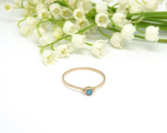 14k gold turquoise ring ~ Dainty solid gold ring ~ Yellow gold ring ~ Vintage jewelry ~ Petite gold ring ~ Stackable ring ~ Gold jewelry