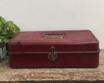 Primitive Fishing Tackle Box Toolbox Caddy Artist Painting Chest One Shelf Vintage Metal Burgundy Chippy Rustic Storage Organizer Industrial