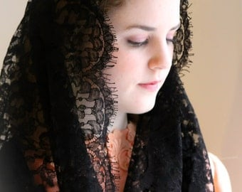 Evintage Veils~ Black True Vintage Lace Mantilla Infinity Veil for  Latin Mass:  Chantilly Dotted Lace & Trim NEW