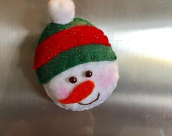 Snowman. Felt fridge magnet. New home gift. Kitchen decor. Home decor. Handmade. Christmas Gift.Christmas Ornament.