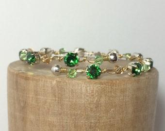 Green Bangle Bracelet ~ Green Wrap Bracelet ~ Boho Bracelet ~ Wire Wrapped Bracelet ~ Crystal Wrap Bracelet ~ Gold Peridot Bracelet
