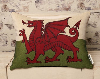 medium welsh tapestry cushion//welsh tapestry pillow//tapestry cushion//welsh dragon cushion//welsh cushion//welsh pillow