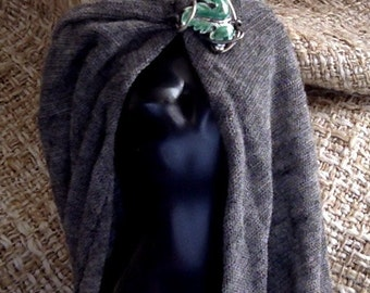 Fantasy Medieval-style hooded cloak for 1:6 doll