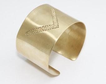 1 Pcs 40x155mm Hammered Bangle, Raw Brass Cuff Bangle , Hammered Chevron Bangle , Cuff Bracelet, bangle, TFK9