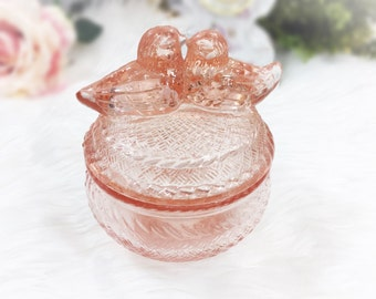 Pink Kissing Birds Depression Glass Jar, Pink Glass Powder Jar, Pink Kissing Birds Vanity Jar, Pink Glass Love Bird Jar #A749