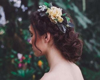 Flower hair comb Floral wedding hair comb Ivory hair comb Bridal hair fashion accessories Romantic hair accessories