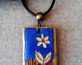 Pendants ceramic with floral motif