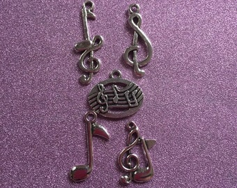 5 Silvertone Music note charms