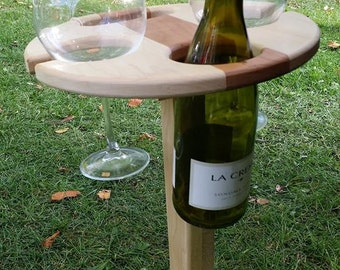 Folding picnic wine table