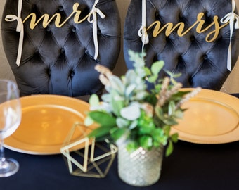 Mr and Mrs Chair Signs for Wedding, Hanging Chair Signs Wooden Wedding Signs Bride & Groom (Item - MBM200)