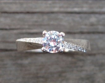 Mobius Engagement Ring, Mobius Diamond Engagement Ring, Mobius Diamond Ring, Diamond Mobius Ring, Twisted Engagement Ring, Engagement Mobius