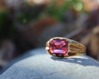 Art Deco Ring Vintage Pink Size 10
