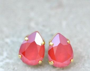 Ruby Red Earrings Swarovski Crystal Pear Stud Earrings Royal Red Shiny Drop Earrings Leverback Clip Ons Red Bridesmaid Wedding Christmas
