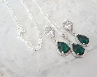 Emerald necklace and earrings set, Sterling Silver, Brides jewelry set, Irish jewelry, May Birthstone, Birthday gift, Christmas jewelry,Gift