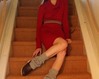 Alpaca legwarmers knitted in 100% alpaca. Beautifully warm and soft, knitted legwarmers, unisex. 8 colours.