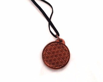 FLOWER OF LIFE  on cedar wood Ø 3.5 cm