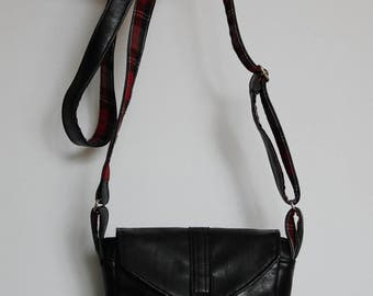 Small Purse, Small Black Messenger Bag, black and plaid (Hummin'bird)