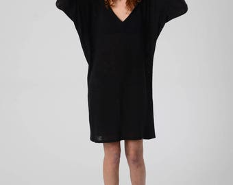 Hooded Dress, Slouchy Dress, Trendy Dress, Oversize Long Sleeve Dress, Bat Sleeve Top, Black Mini Dress, Casual Black Dress, V Neck Dress,