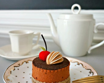 Felt Mini Chocolate Cake with Cherry