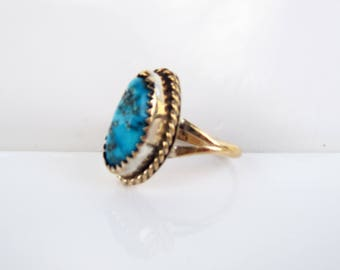 Native American - Southwestern 14KT Gold and Turquoise Ring - Size 5.5      1307B