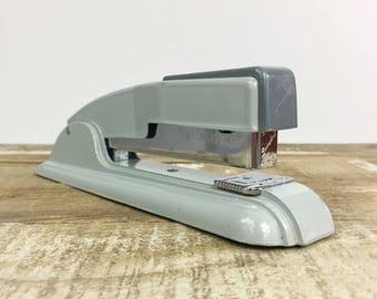 Swingline Stapler Desk Top Office Mid Century Art Deco Gray Silver 1960's Vintage Stapler USA New York Swingline 27 Metal Standard Staple