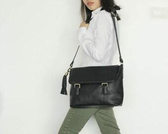 Sale 20% Messenger laptop bag , Black leather messenger bag , Black Leather crossbody bag , leather satchel , Men's messenger bag
