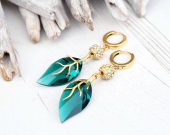 Emerald Swarovski leaf earrings Swarovski emerald crystal jewellery 24k Gold plated Swarovski emerald earrings Long emerald drop earrings
