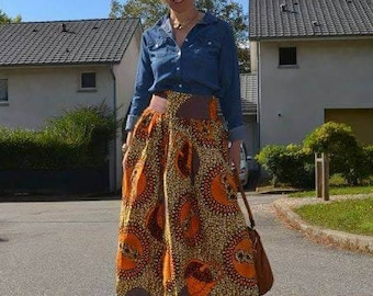 Long skirt in wax with gathers at the waist size 40/long skirt made in wax with Waist straps size 12