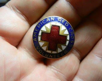 Vintage WW2 US American Red Cross  Badge Pin