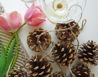 Decorative Gold Glitter Pinecone Garland