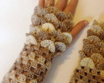 Dragon scale gloves, crochet dragon gloves, fingerless gloves, arm warmers, dragon gift, mermaid gloves, wrist warmers, mermaid scales