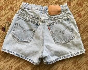 """VTG 90s Levi's 412 Orange Tag Denim High Waisted Shorts SIZE: 25"""" Waist"""
