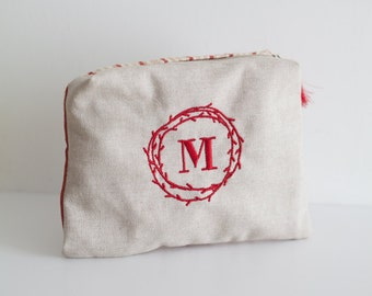 My little secret pouch RED LINES. Gift idea for Valentine's day. #sanvalentino