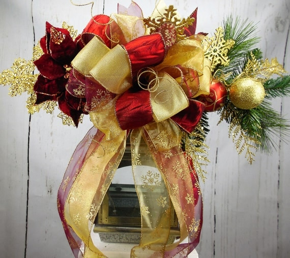 Burgundy and gold tree topper burgundy lantern swag for Maroon christmas tree decorations
